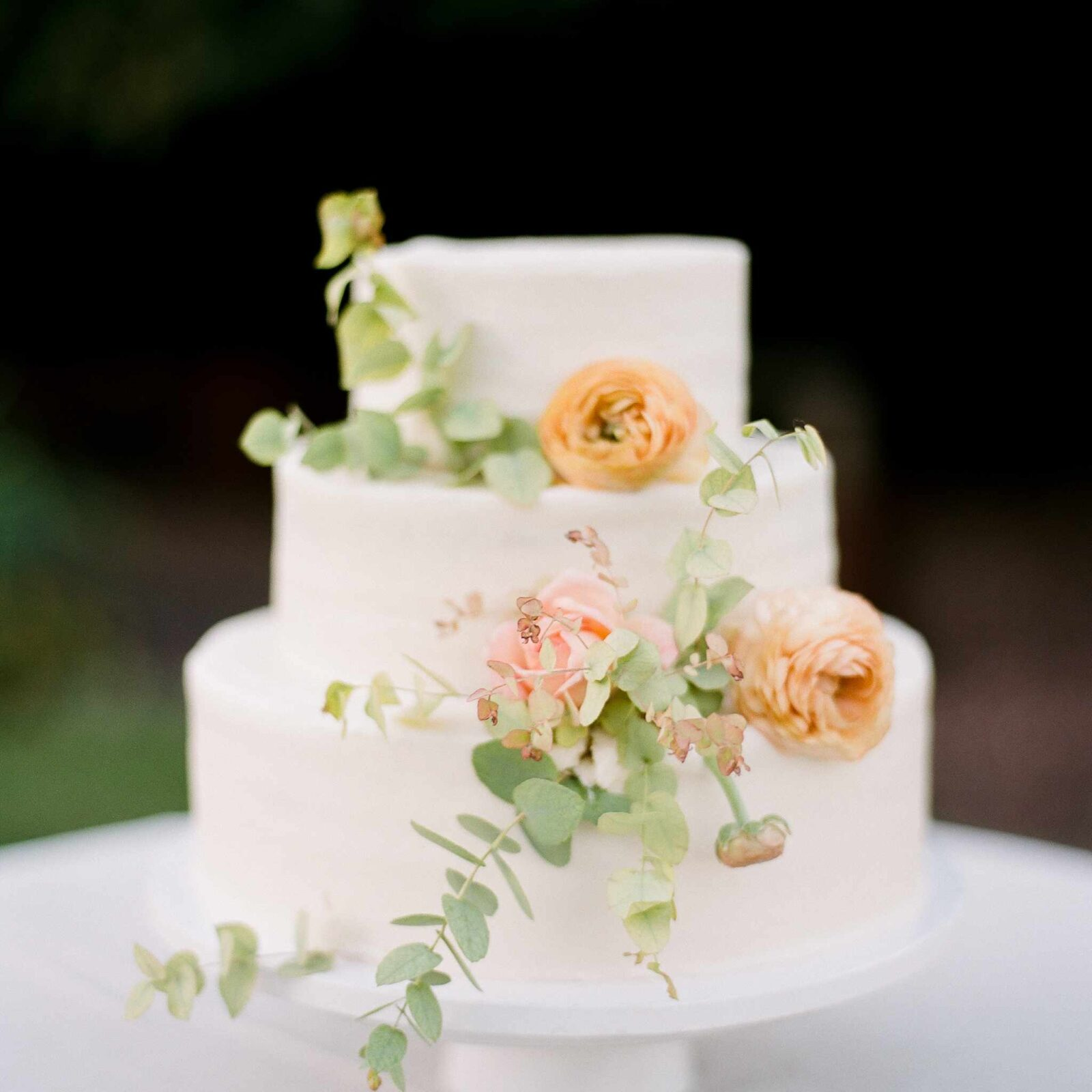 A Traditional Wedding Cake