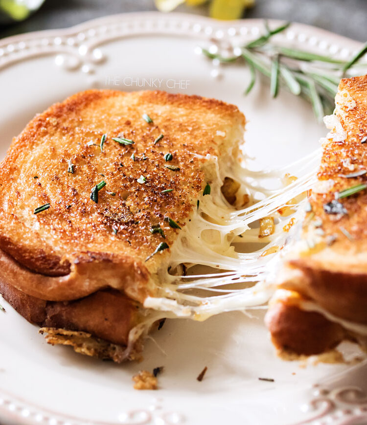 How To Make The Best Grilled Cheese Sandwich